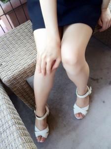 足がきれいな不倫相手